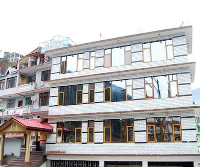 Hotel Him Regency,Manali